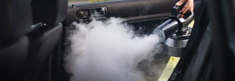 «Сухой туман» – быстрый способ избавиться от неприятного запаха в автомобиле