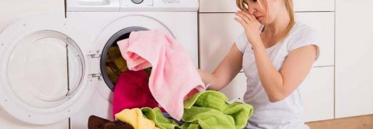 Как убрать с одежды запах сигарет