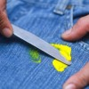 Как убрать пластилин с брюк