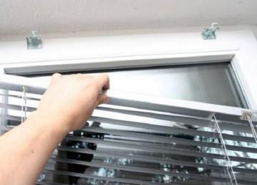 Как снять жалюзи с окна, чтобы помыть