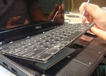 Как почистить клавиатуру на ноутбуке