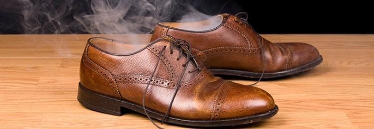 Как убрать запах внутри обуви, чтобы не было стыдно разуться в гостях