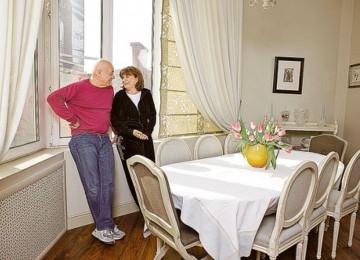 Квартира журналиста  Владимира Познера в Москве с перепланировкой и встроенным гаражом