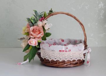 Как украсить корзину для цветов своими руками