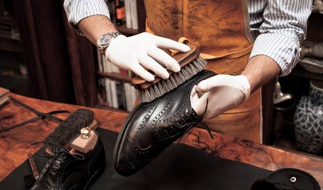 Правила чистки кожаных изделий