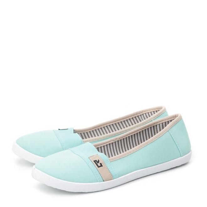 Особенности ухода за текстильной обувью