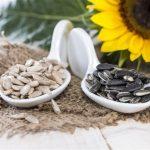 Как быстро чистить семечки в домашних условиях
