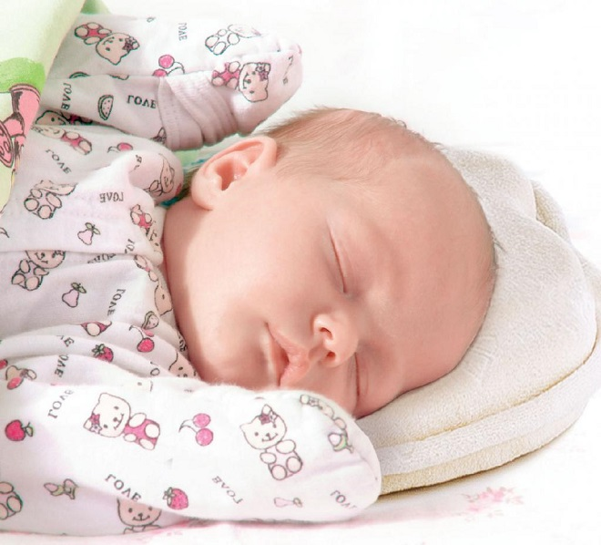 Нужна ли ребенку ортопедическая подушка