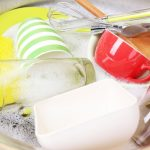 Чем лучше мыть посуду