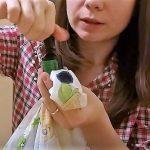 Как и чем отстирать зеленку с одежды