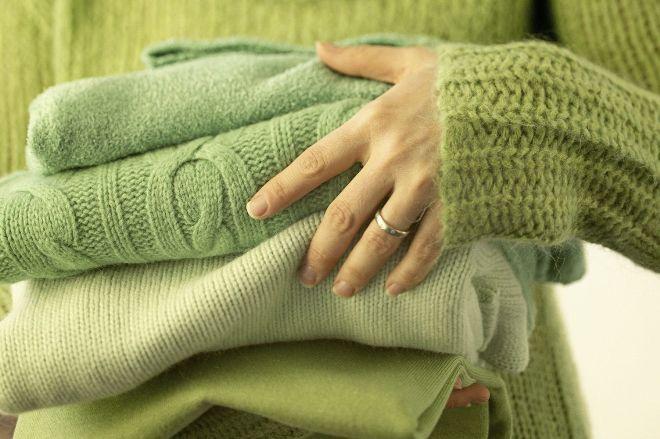 Как растянуть свитер после стирки
