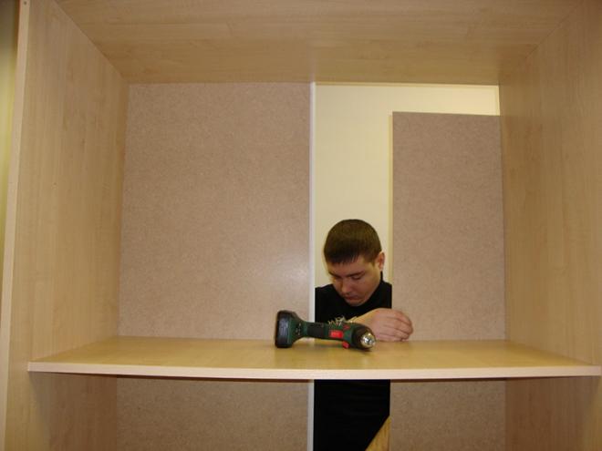 Из чего сделать и как крепить заднюю стенку шкафа
