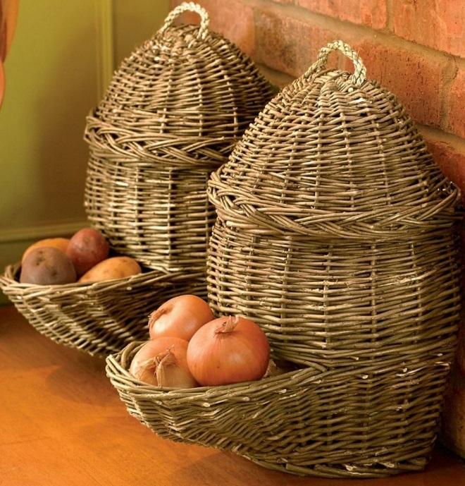 Как хранить репчатый лук в домашних условиях