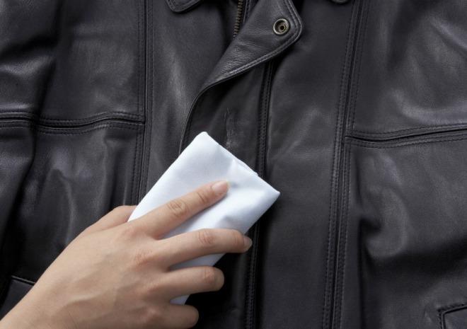 Как постирать куртку из кожзама