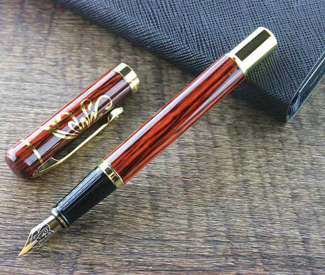 Как заправить перьевую ручку чернилами