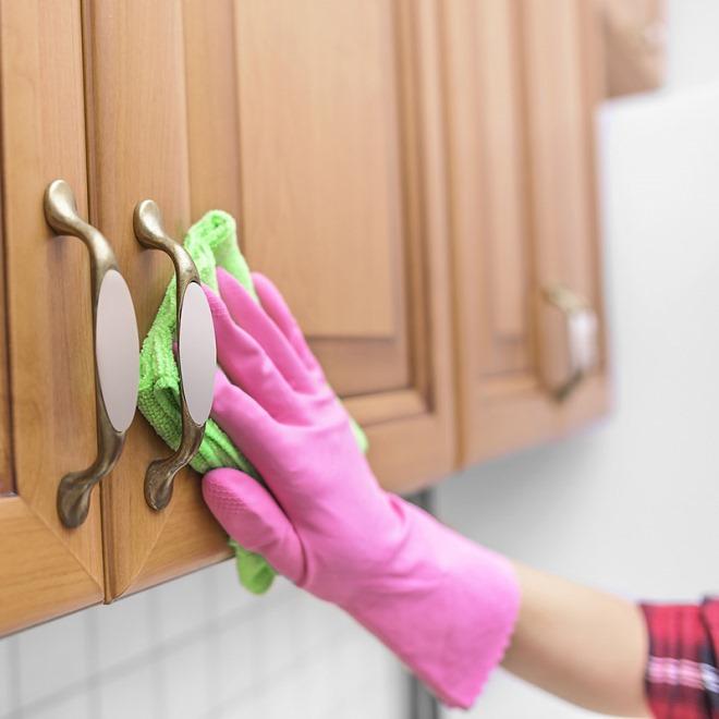 Чем отмыть жир с кухонной мебели